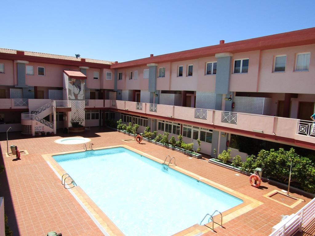 Piso duplex en vecindario seven islands real estate - Duplex en vecindario ...
